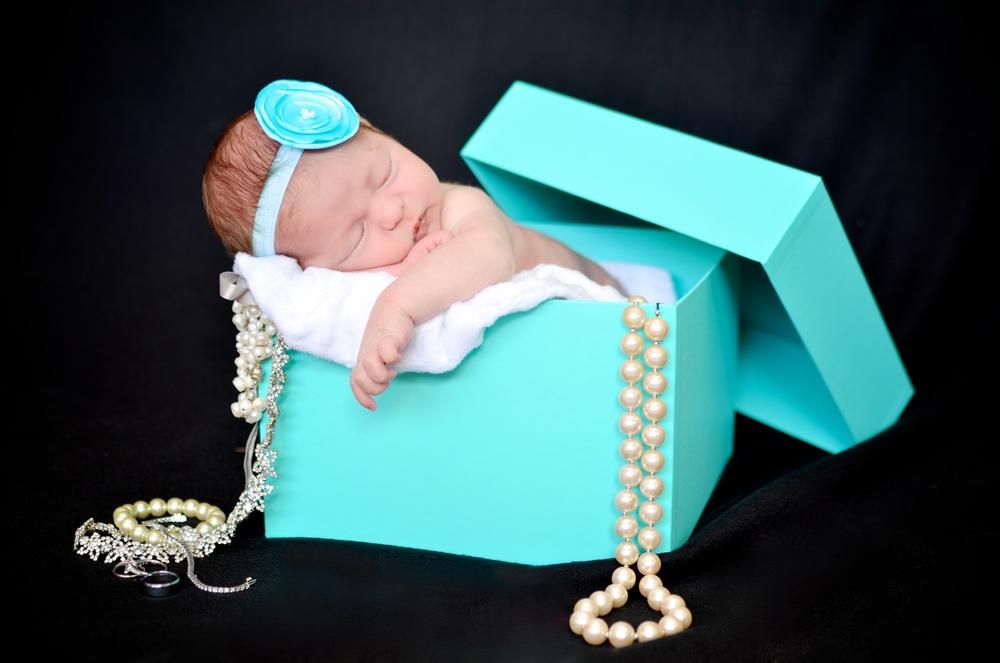 Arielle Newborn Colour 15 (2).jpg