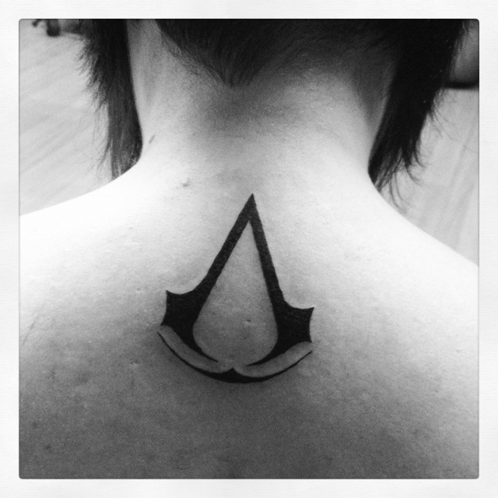 Here's my Assassin's Creed tattoo. Painful, yes… But so worth it.    Probably no update today for a couple reasons:    1. I'm drinking wine  2. Having friends over for spaghetti dinner  3. I played Dishonored all day  4. My magnifier comes tomorrow!
