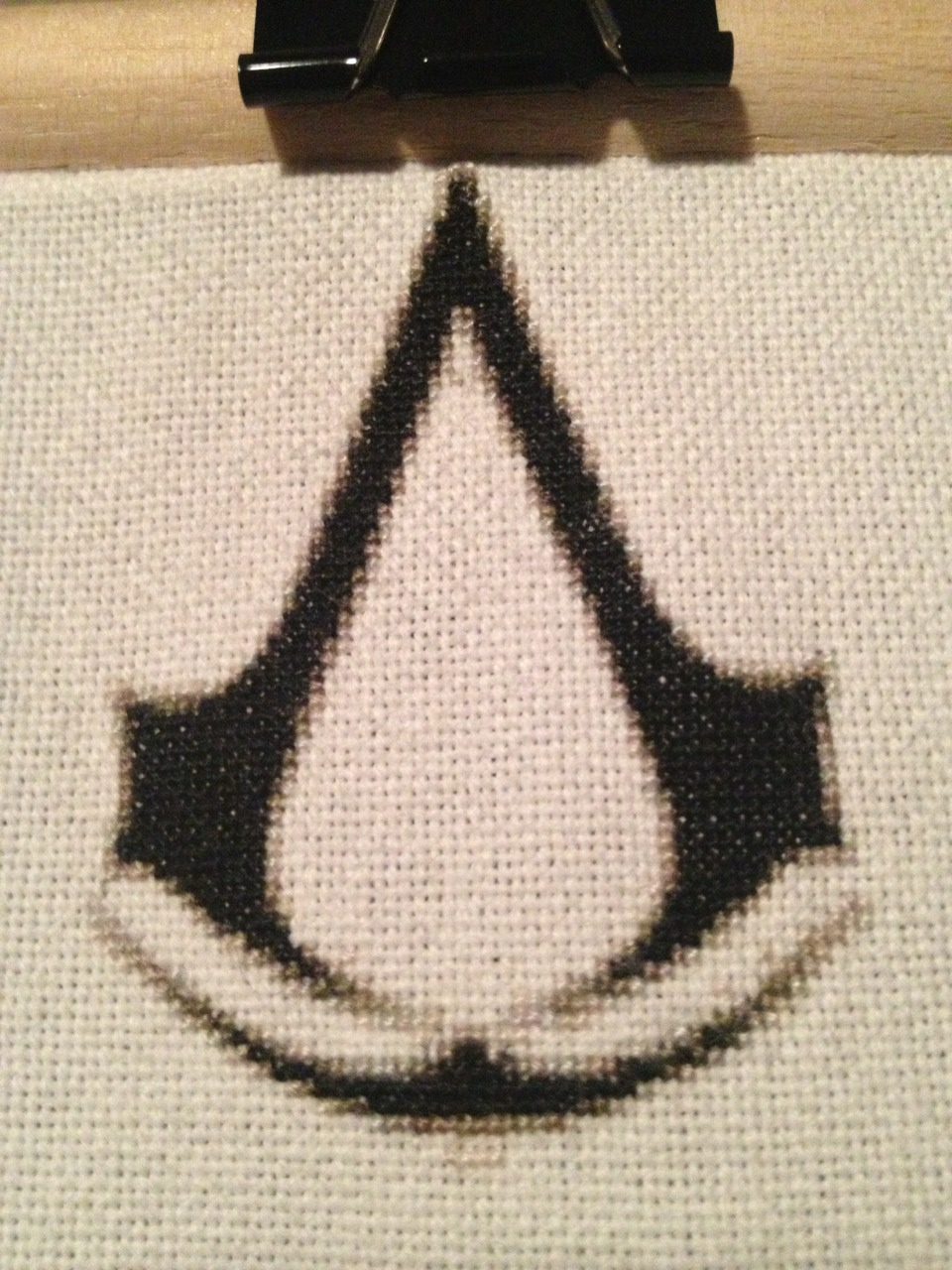 Day 23: Insignia is done!    I finished the insignia last night. Yay, back to the hood tonight… Hopefully.     That is unless I play some FarCry3.