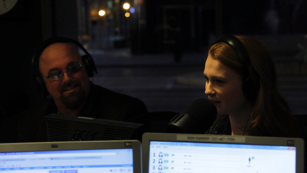 amanda-&-robert-live-on-air.jpg
