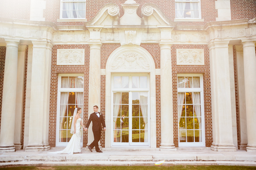 wpid6960-NYIT-deSeversky-Mansion-Wedding-15.jpg