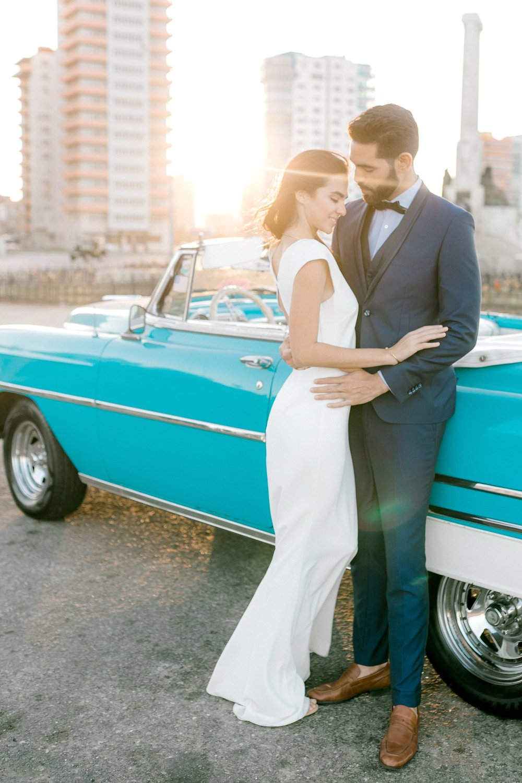 Magdalena Studios Destination Wedding Photographer Havana Cuba Stylish Elopement18.jpg