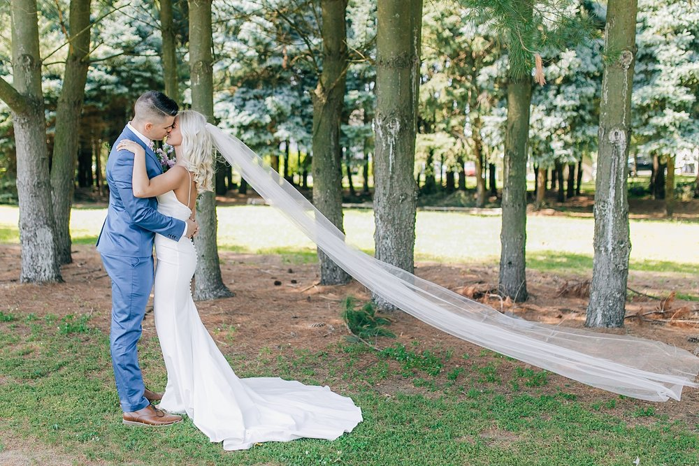 A Unique Outdoor Summer Wedding at Bast Brothers Garden Center by Magdalena Studios_0021.jpg