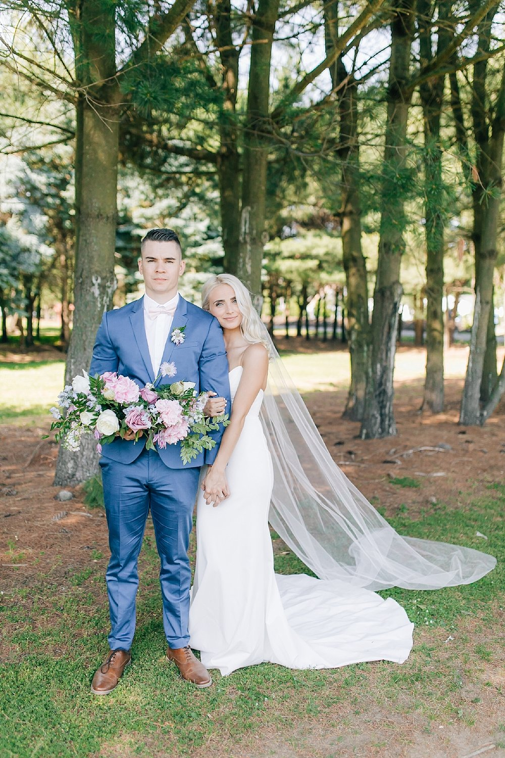 A Unique Outdoor Summer Wedding at Bast Brothers Garden Center by Magdalena Studios_0023.jpg