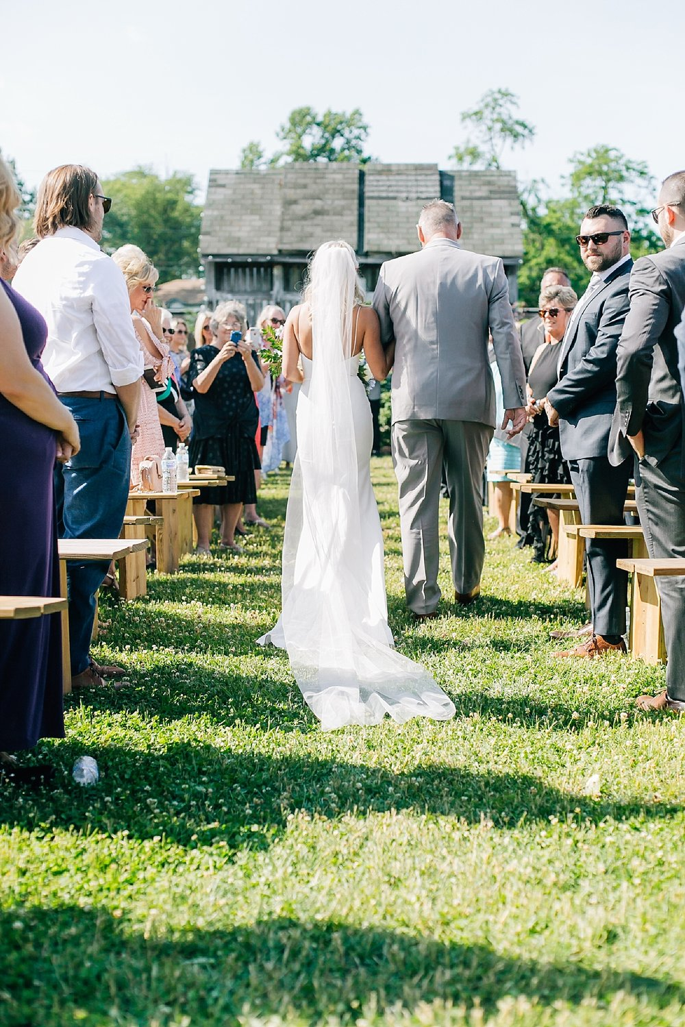 A Unique Outdoor Summer Wedding at Bast Brothers Garden Center by Magdalena Studios_0034.jpg