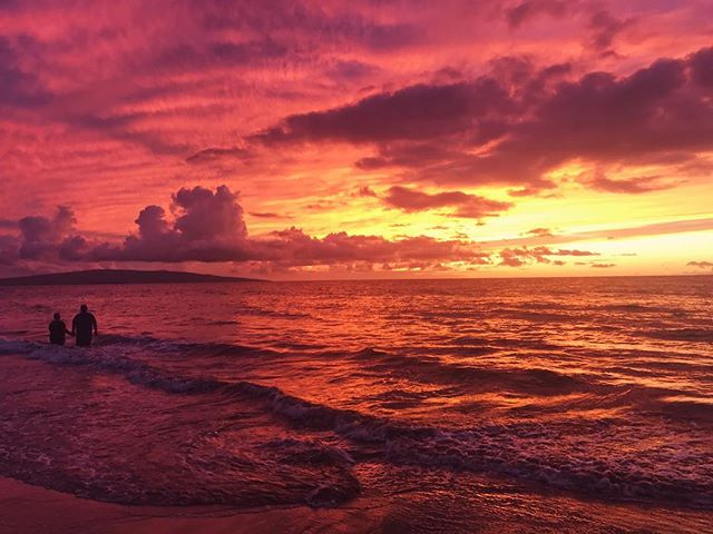 Unreal, but real. #mauisunset