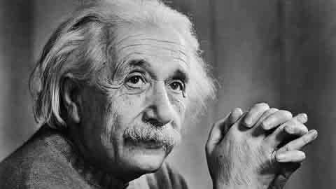 Design Greatness -Albert Einstein