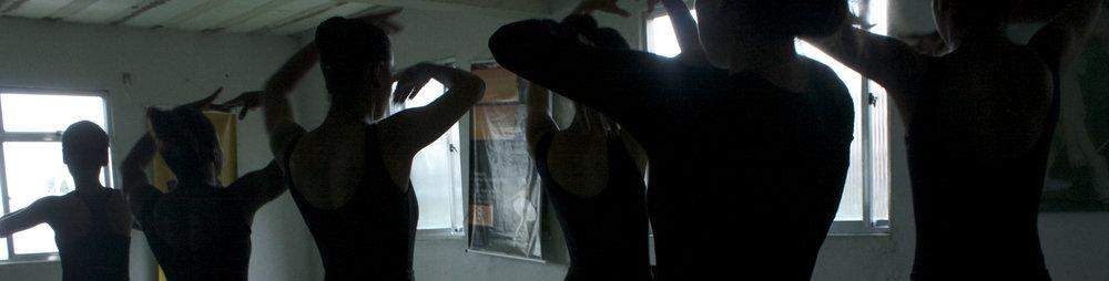 ballet in favela.jpg