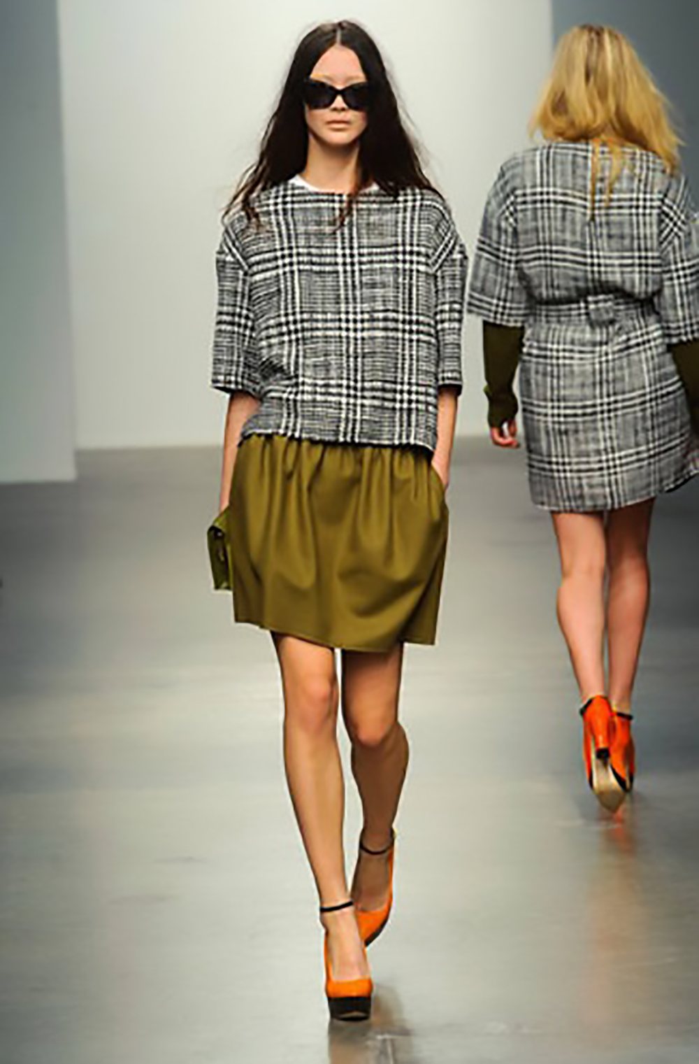 elle.com plaid 2013 runway karen walker mad for plaid 1500.jpg