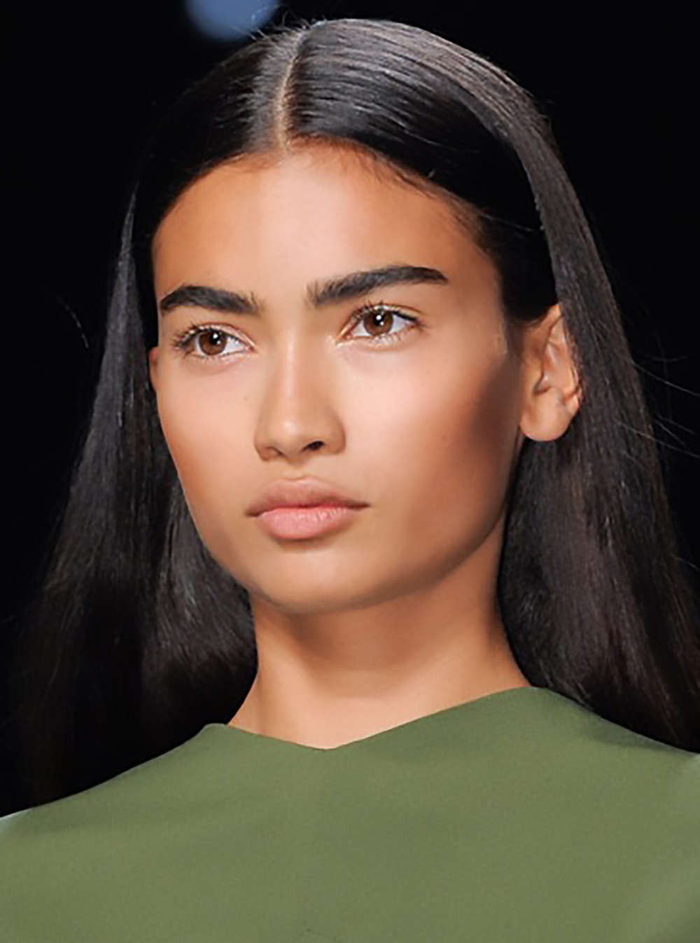 elle.com spring 2013 make up trend bold brow 1500.jpg