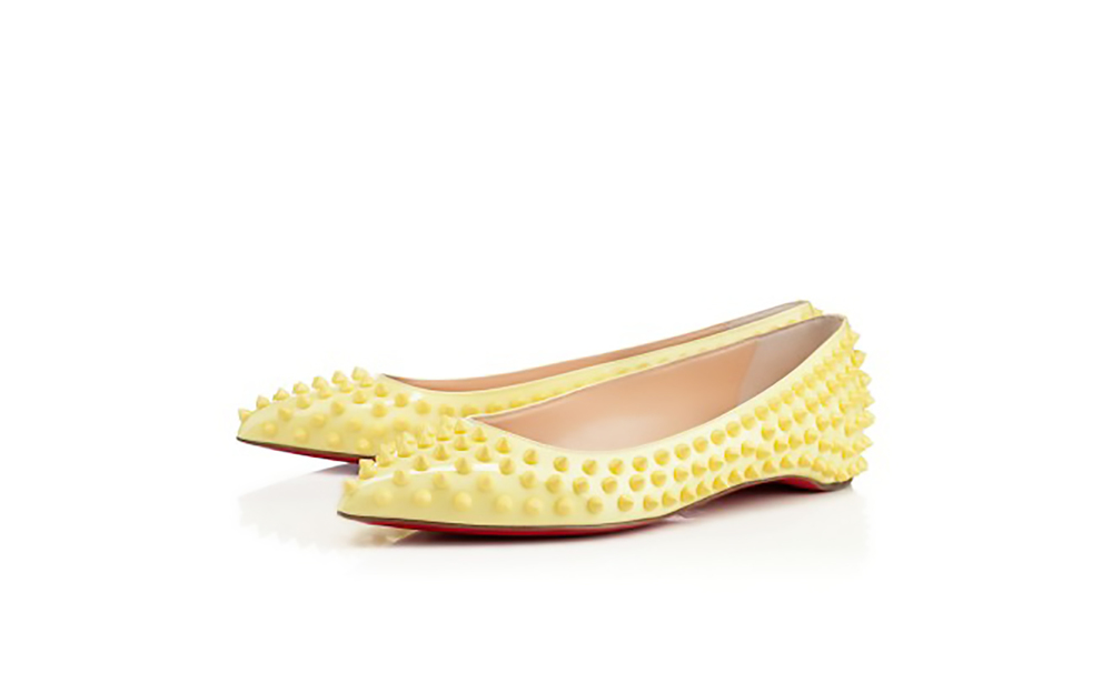christian louboutin pigalle spikes flat patent pointy toes 1500.jpg