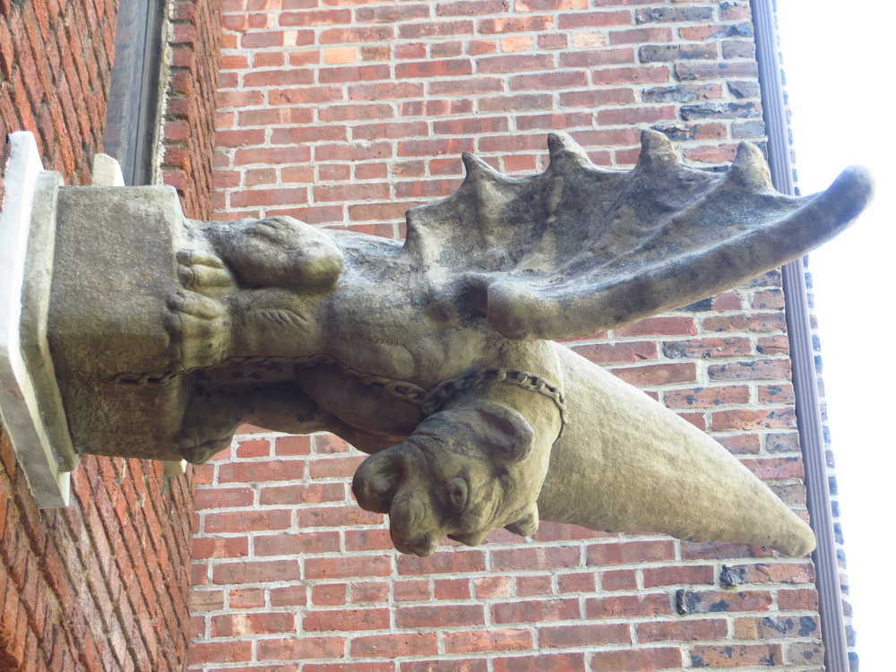 Low-hanging gargoyle