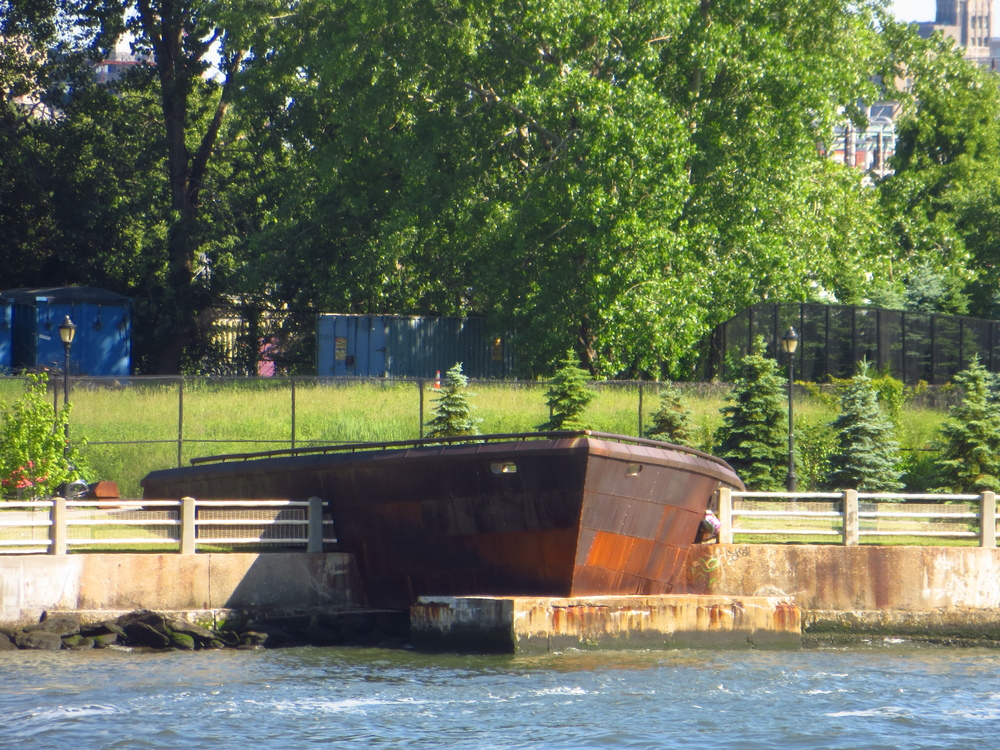 Ship's bow in Roosevelt Island
