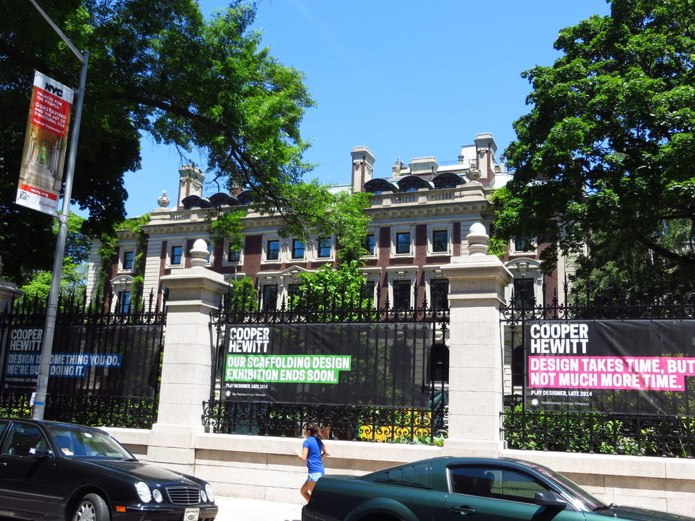 Andrew Carnegie Mansion (b. 1903)