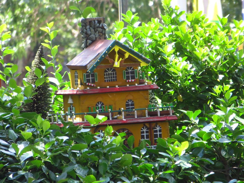 Birdhouse?