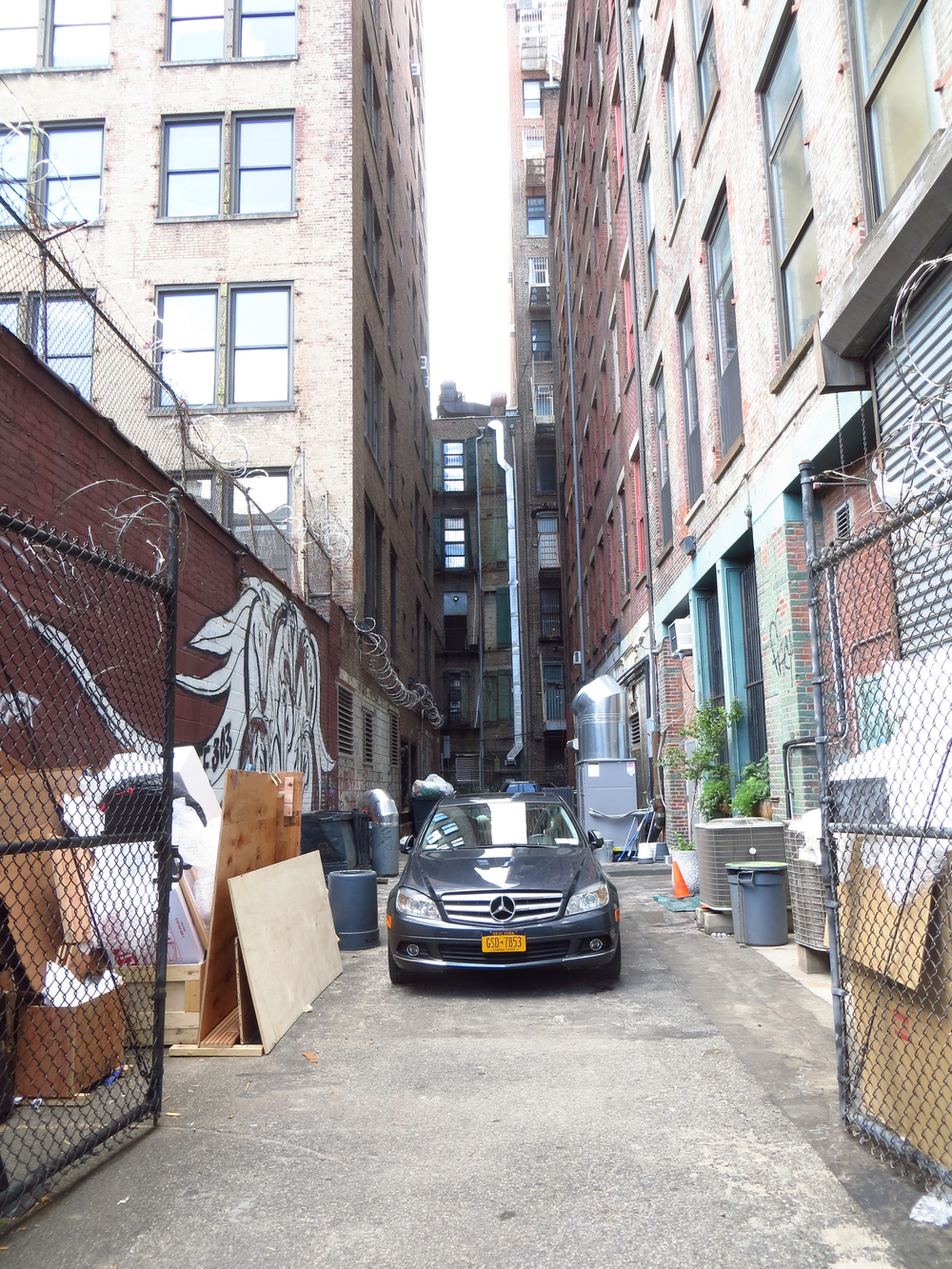 Jones Alley