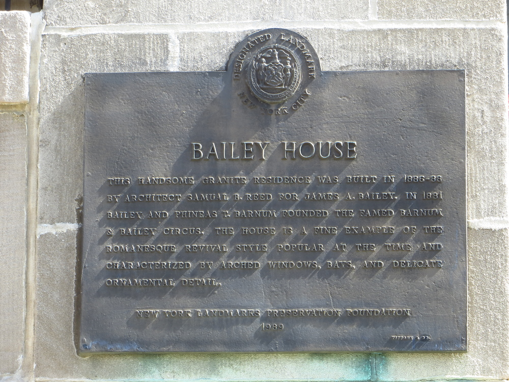 Bailey Mansion background