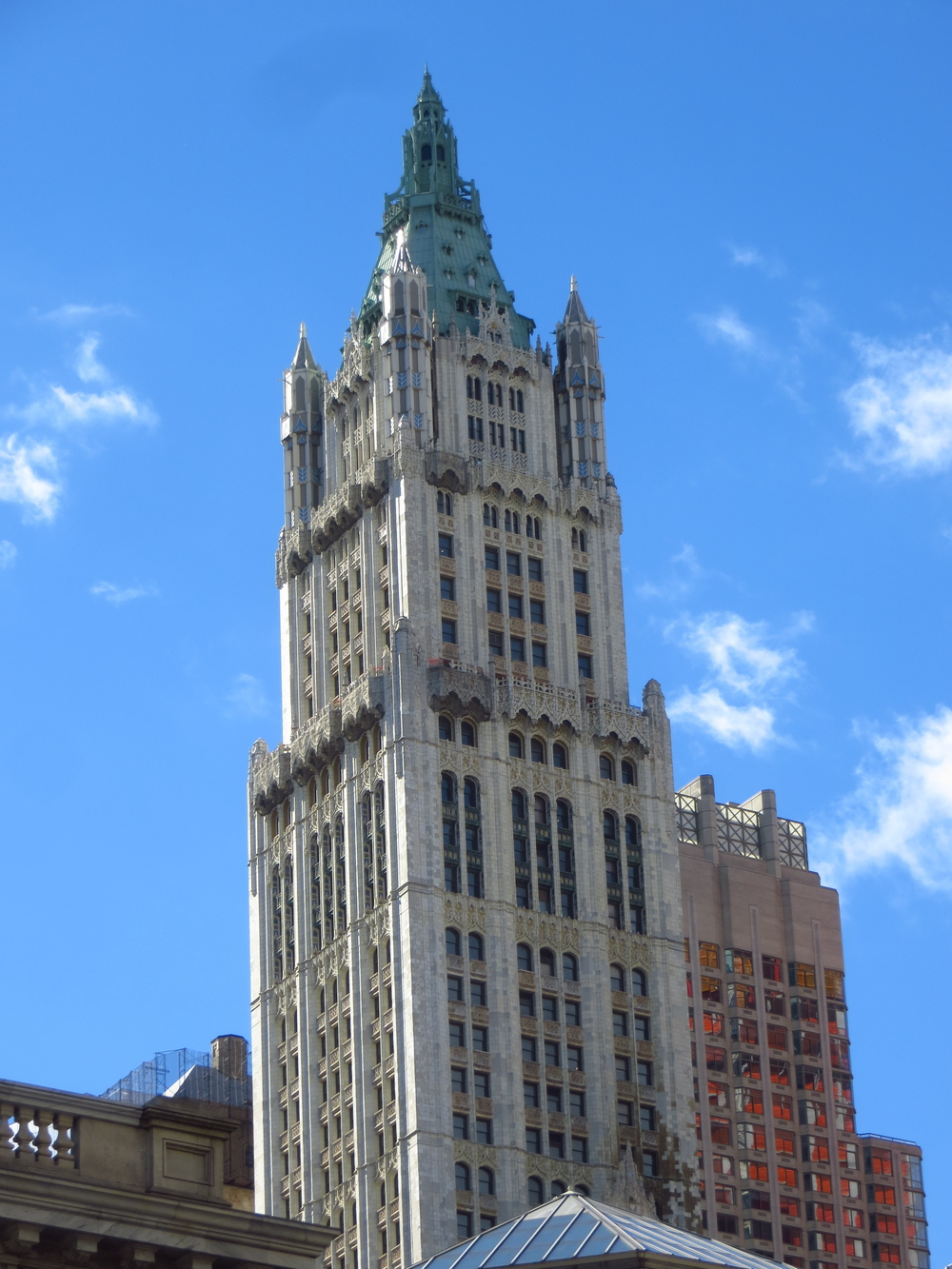 Woolworth Building (b. 1913)