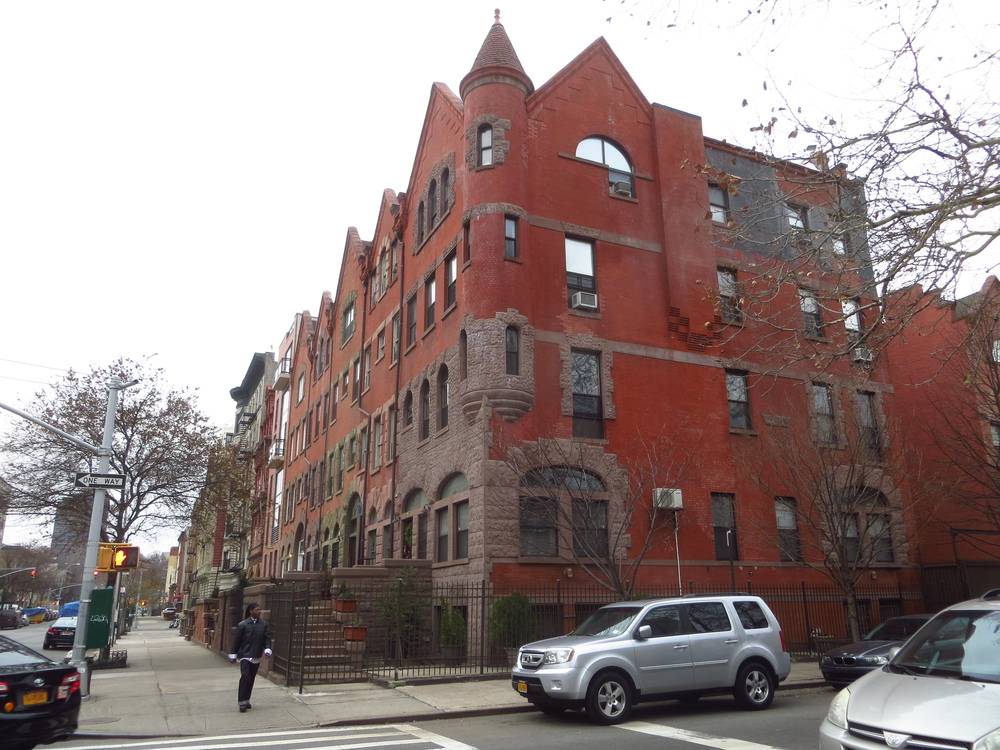 More Harlem homes