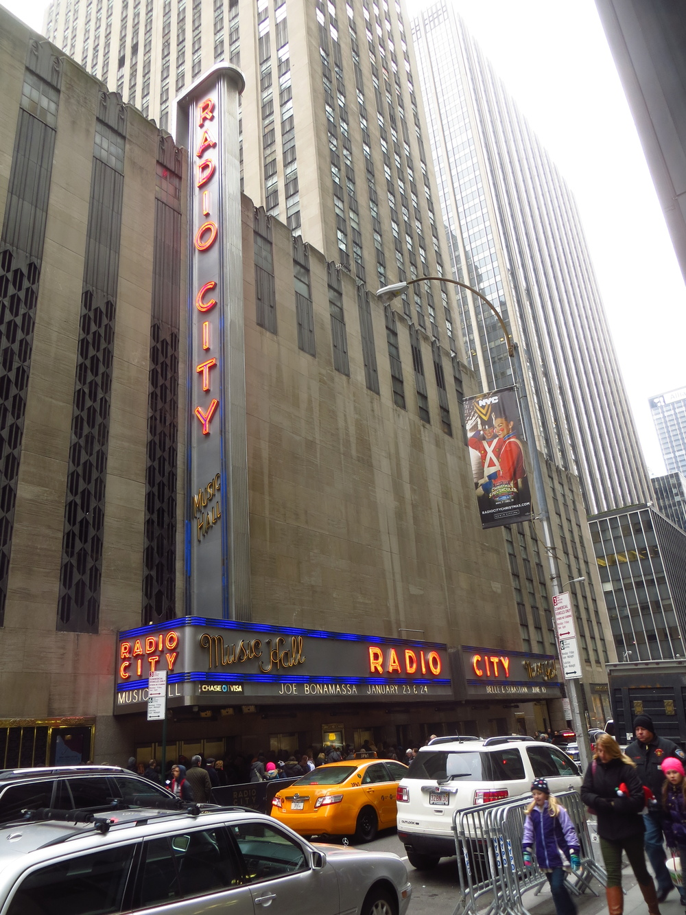 Line for Rockettes at Radio City Music Hall