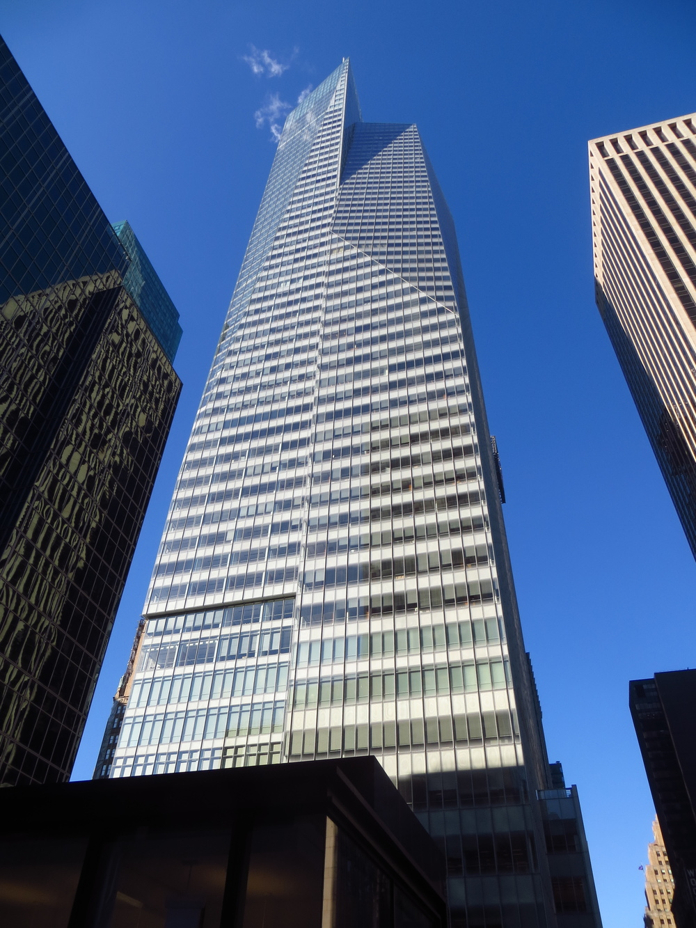 Bank of America Tower (b. 2009)