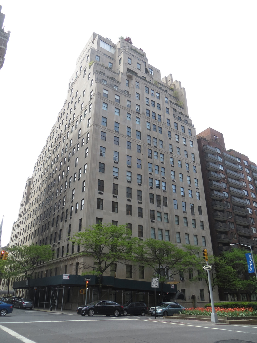 Walking manhattan for Richest apartments in nyc