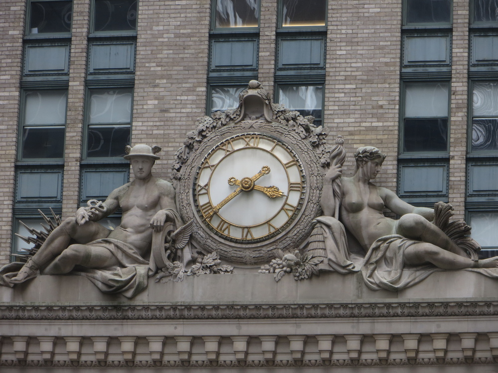 Helmsley Building clock