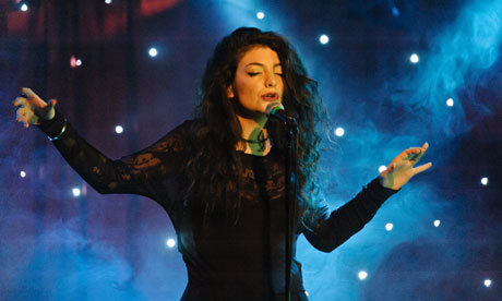 Lorde-at-Madame-Jojos-Lon-010.jpg