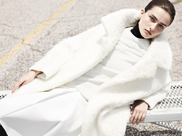 MINIMAL WHITE VOGUE CHINA 4.jpg
