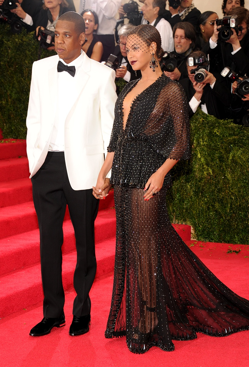 JAY Z AND QUEEN B IN GIVENCHY COUTURE