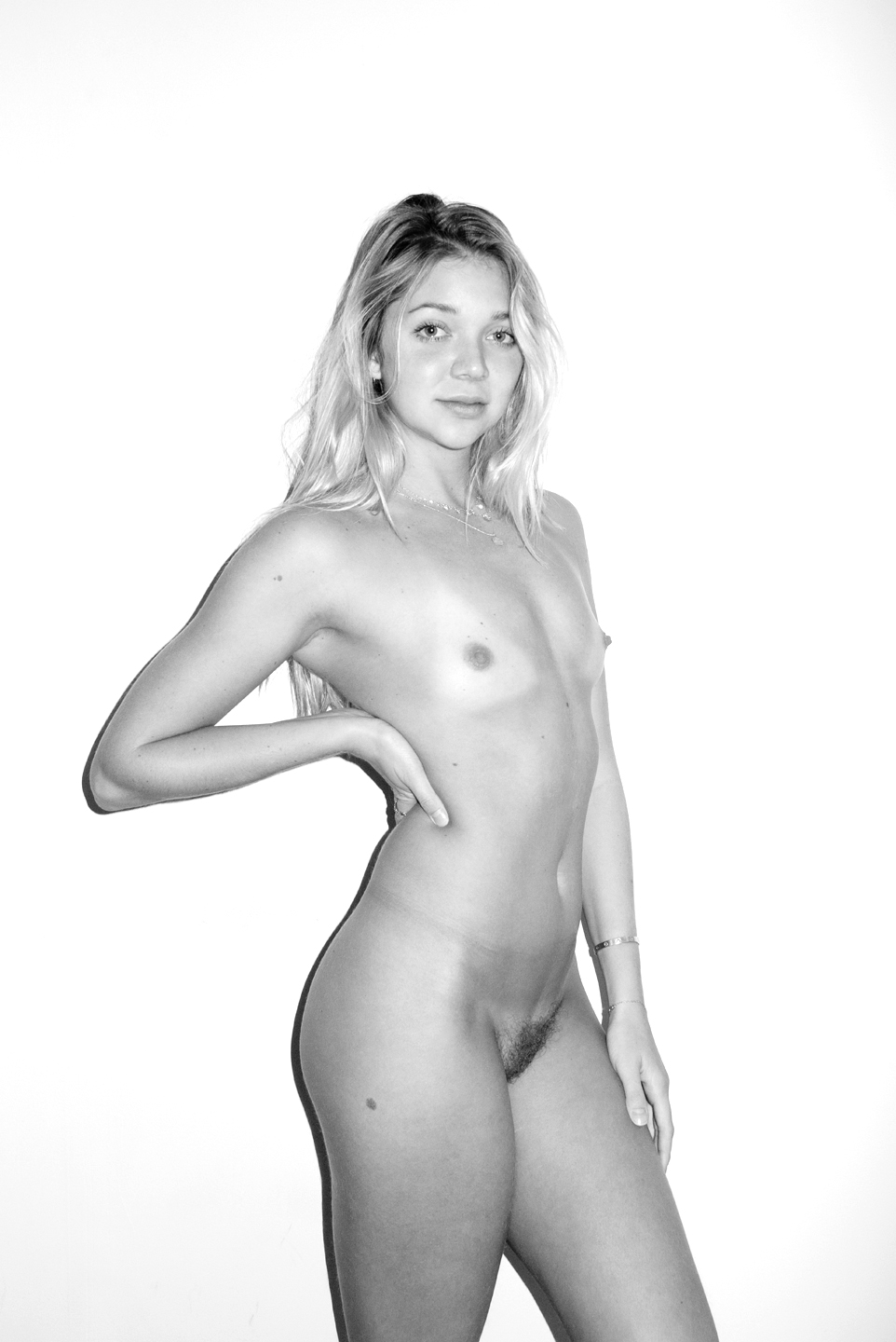 JESSIE ANDREWS BY TERRY RICHARDSON, NOVEMBER 15