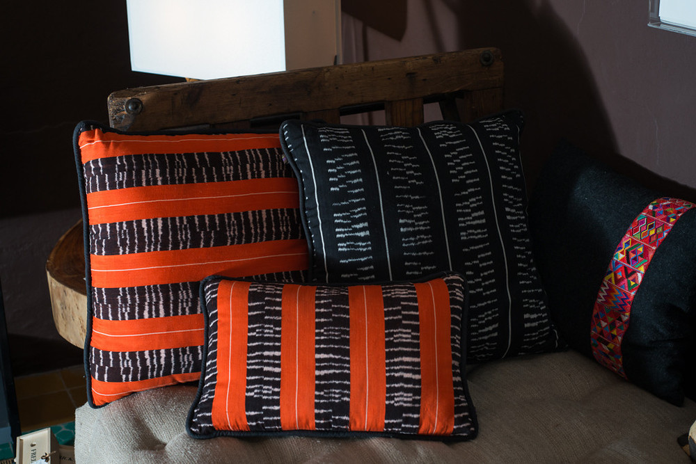 Sollano 16_ accessories_pillows_1.jpg