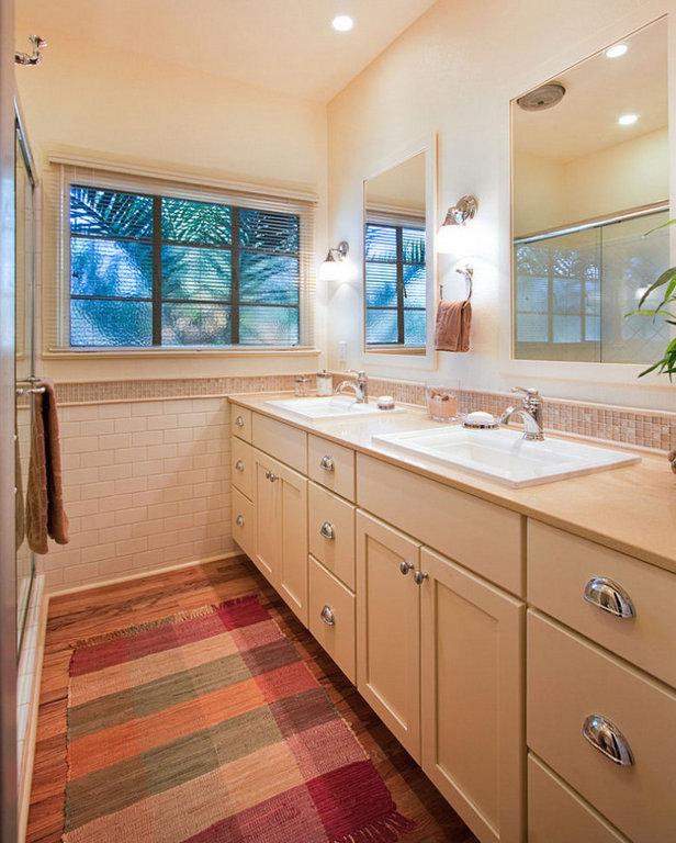 Cream Bathroom Cabinetry 1.jpg