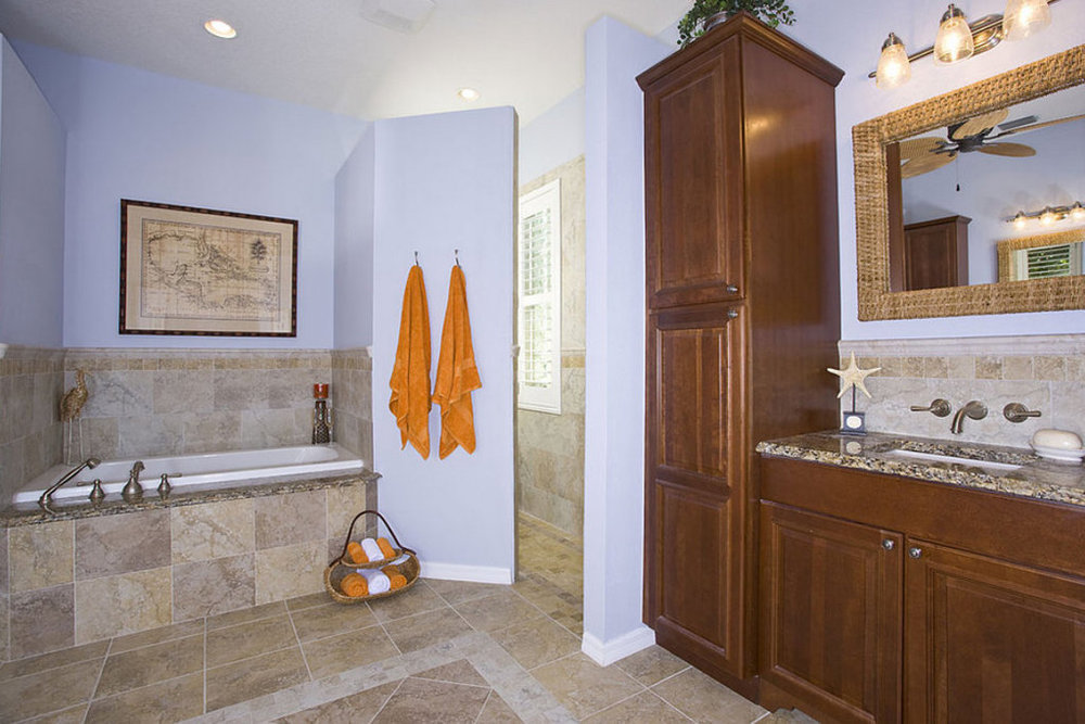 Esspreso Bathroom 1.jpg