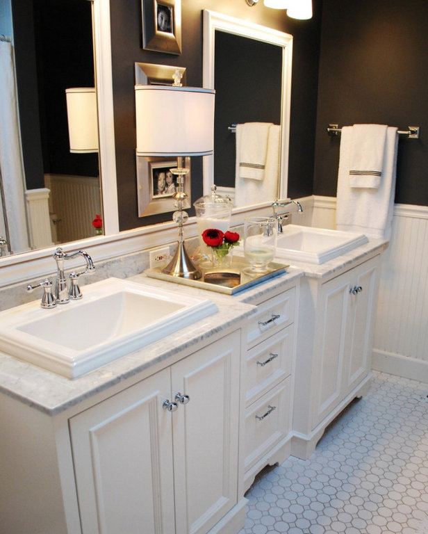 Traditional White Bathroom Cabinetry 1.jpg