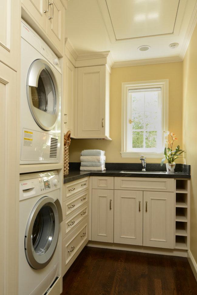 Bathroom Custom Cabinetry 11.jpg