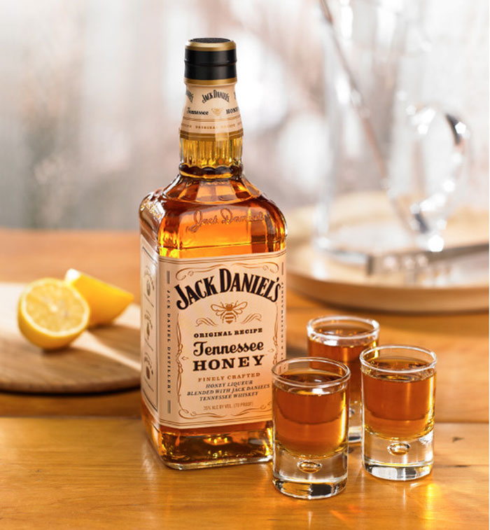 04_06_11_jackdaniels_honey_3.jpg