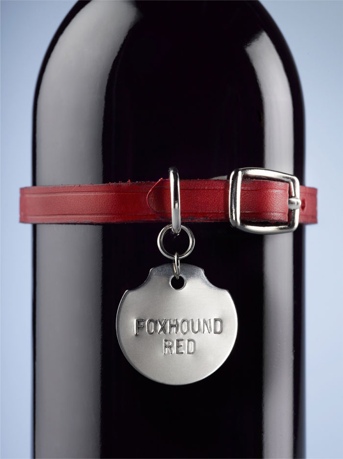 Winebottle foxhoundred Closeup