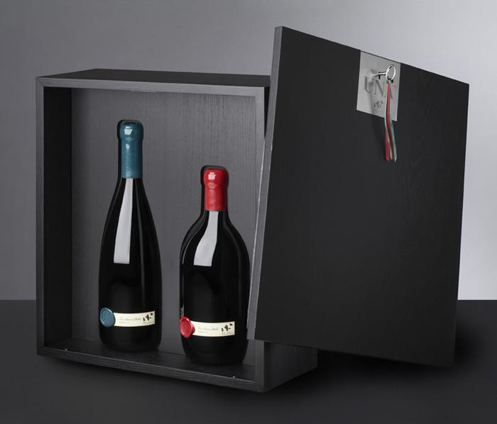 UNA on The Dieline Packaging Blog