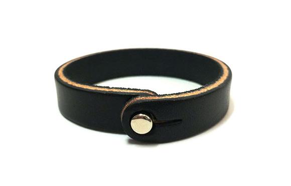 blackanchor-bracelet@2x-b3e8b0563cea24a3762bb6705d7ae78d.jpg