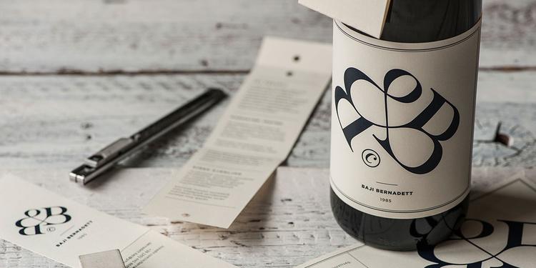 Bernadett Baji's wine label CV by Kissmiklos / Photo by Bálint Jaksa