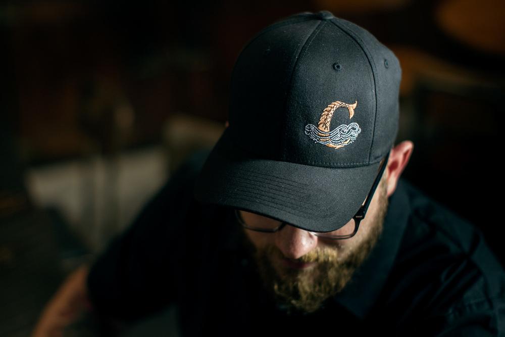 EB9C1663_black_hat.jpg