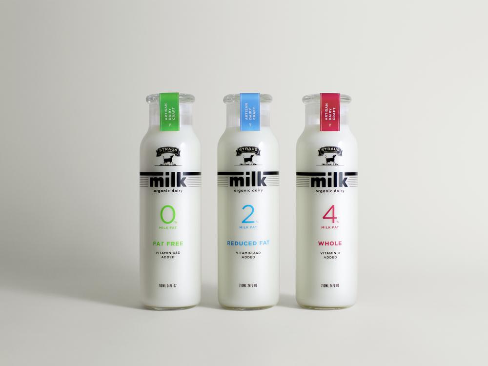 Straus_Family_Creamery_Organic_Milk_01.jpg