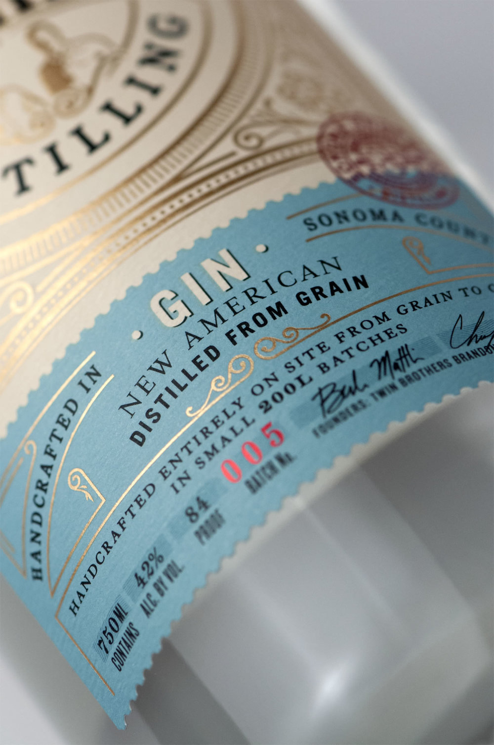 Sonoma_Brothers_Close_Up_Gin_FA3.jpg