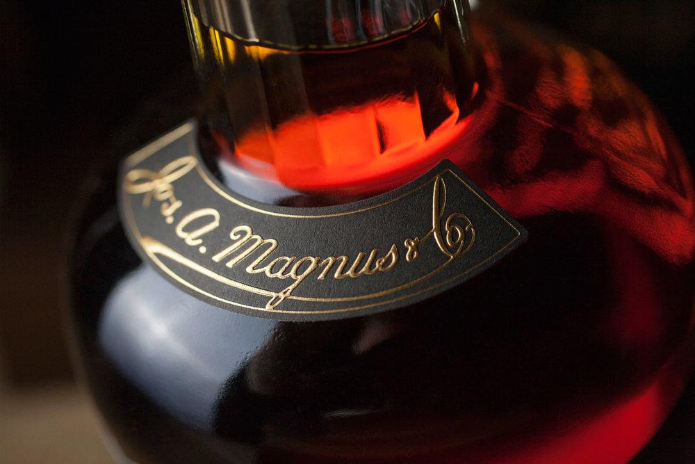 JAmagnus10.jpg
