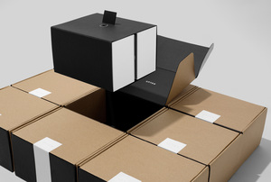 wedgelever-upton-shipping-parcel-05.jpg