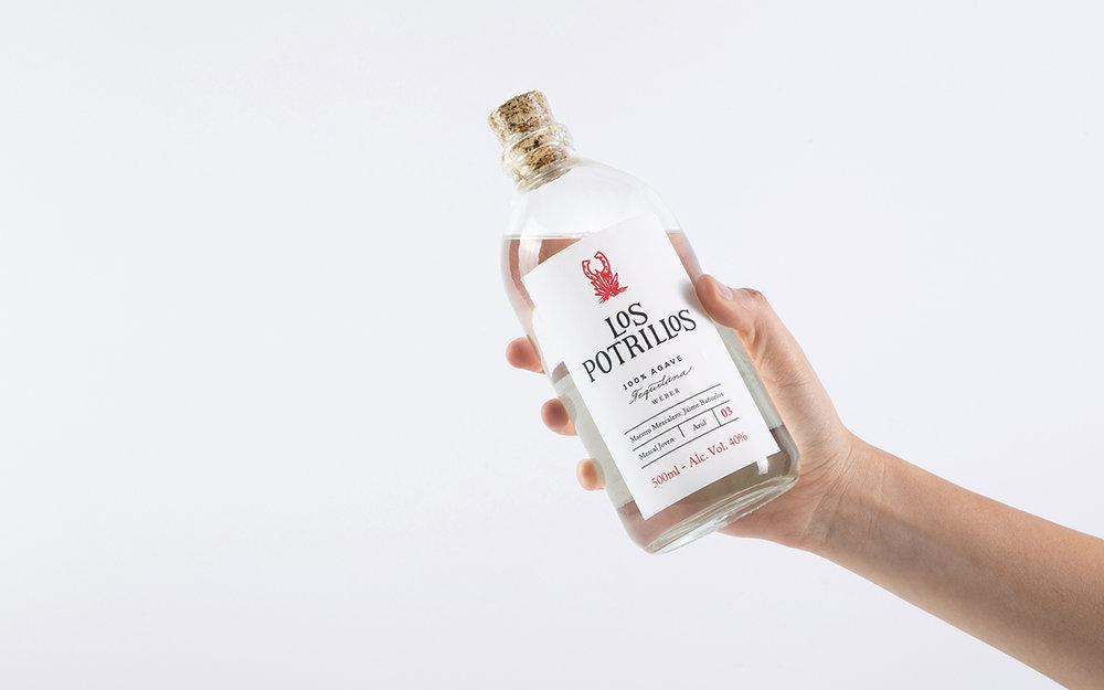bottle_right.jpg