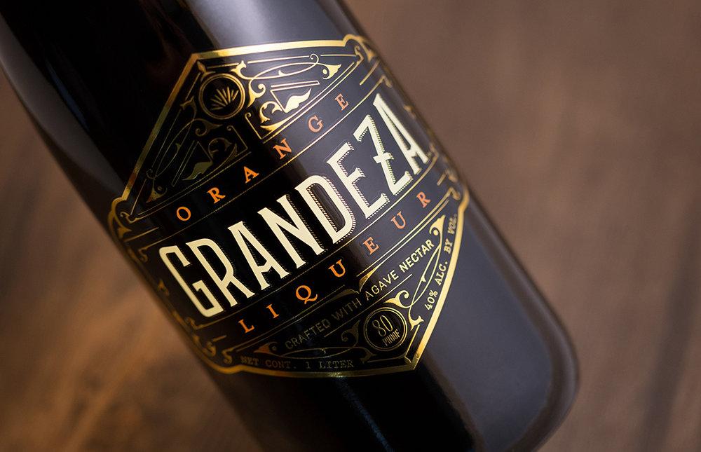 Where Modern Meets Vintage The Packaging Of Grandeza Liqueur Dieline