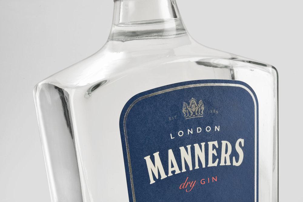 estudio_maba_ron_Estudio_Maba_Gin_Manners_02.jpg