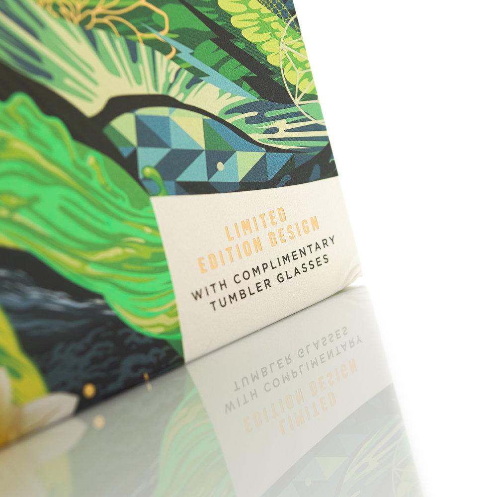 Johnnie_Walker_Green_Label_by_MW_Luxury_Packaging-8.jpg
